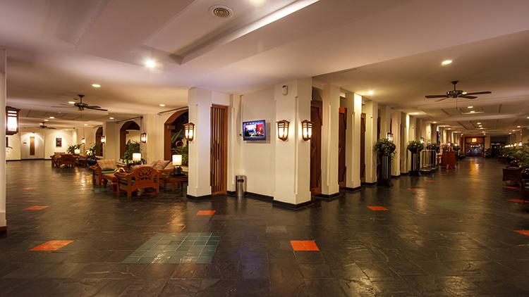 Mercure Yangon Kaba Aye Serviced Apartment Hotel Lobby