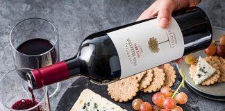Malbec wine and Roquefort